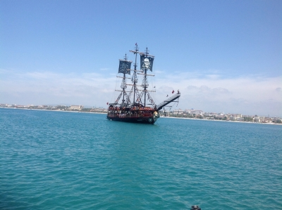Boat Tours - PIRATE BOAT TOUR